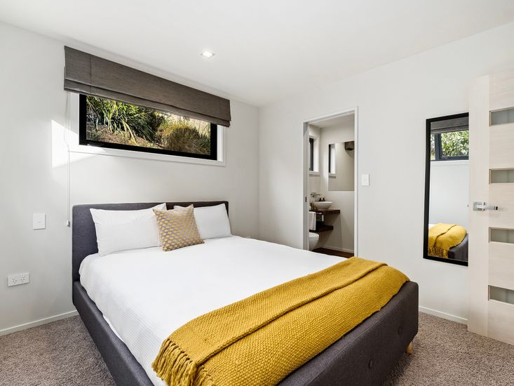 Bedroom 2 onto ensuite