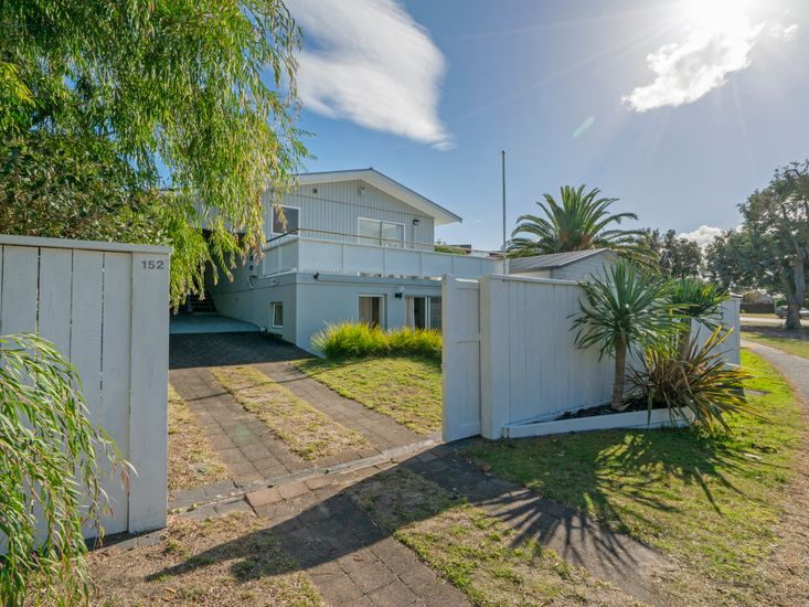Pattons Place - Pauanui Holiday Home