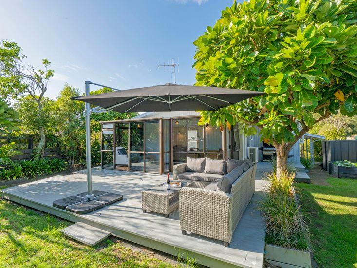 Patton's Place - Pauanui Holiday Home