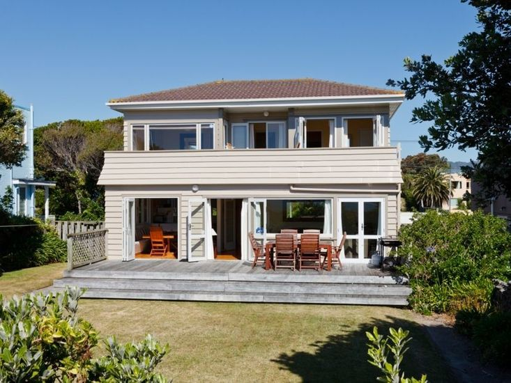 Turn of the Tides - Paraparaumu Beach Holiday Home