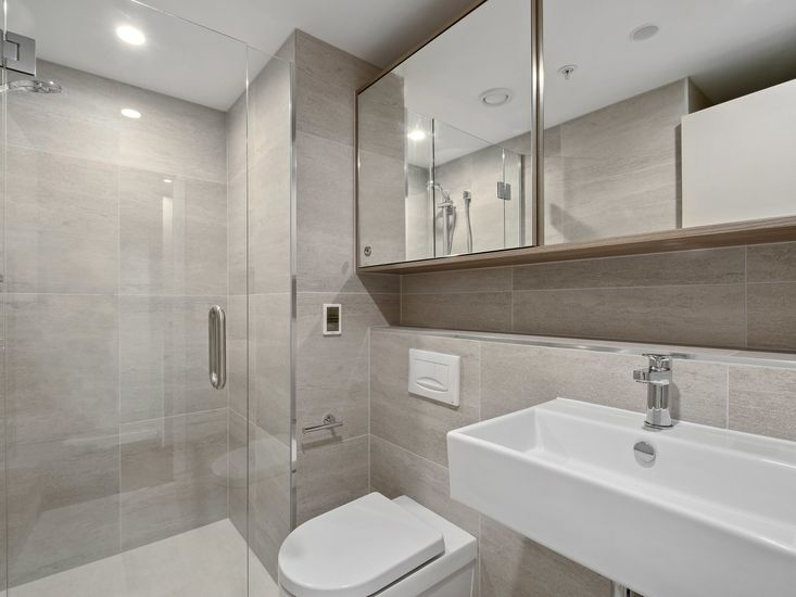 Ensuite to First bedroom