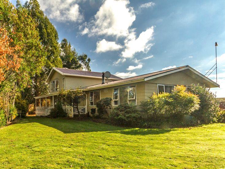 Raetihi Garden Villa - Ohakune Holiday Home