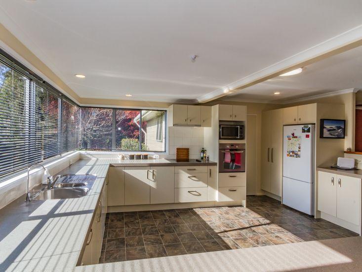 Spacious kitchen with mountain view