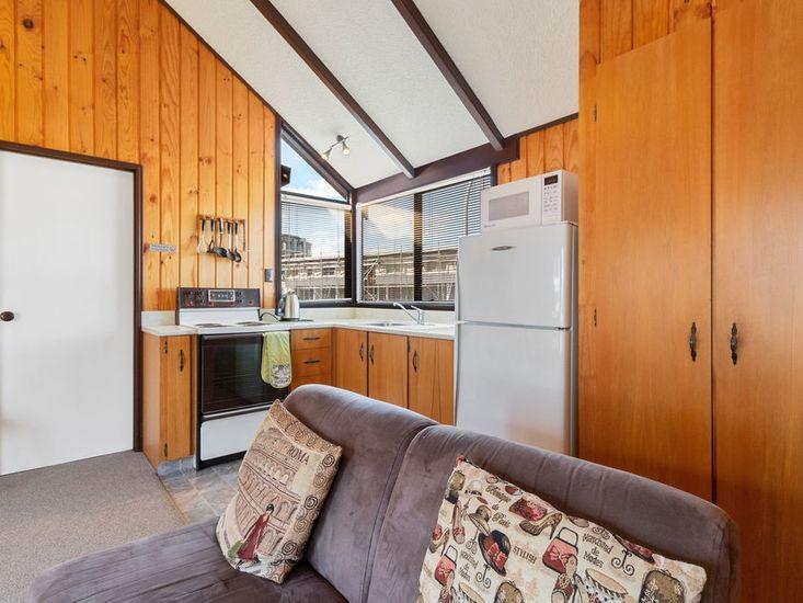 Lounge seating onto kitchen