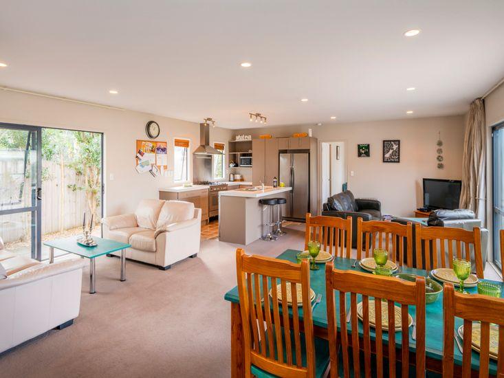Kick Back in Kelly Jade - Matarangi Holiday Home