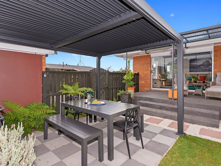 Sheltered outdoor living, dining and BBQ area