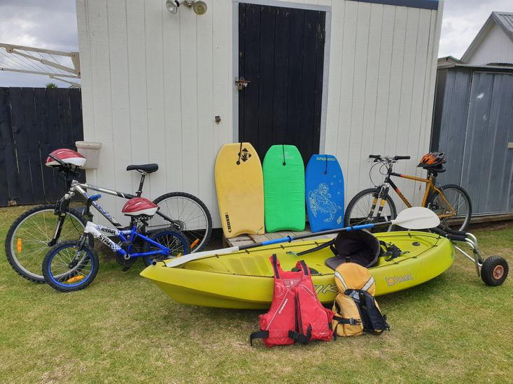 Complimentary kayak for guest use!