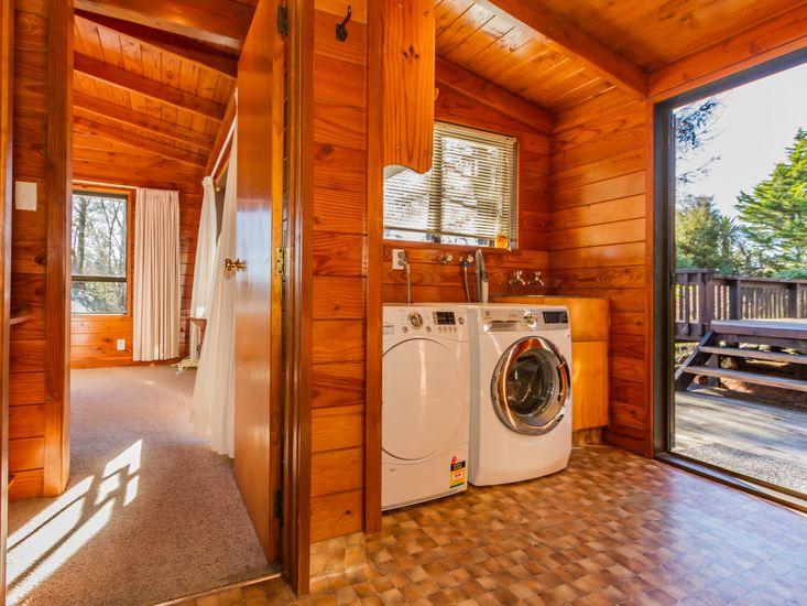 Unit - Laundry facilities and back onto sundeck