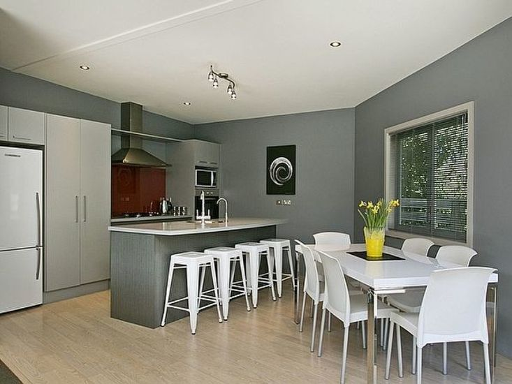 Open plan dining, kitchen and lounge