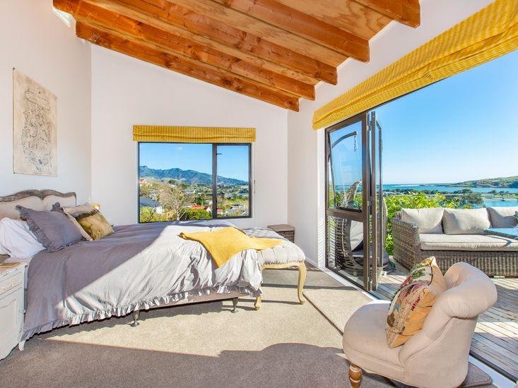 Master bedroom - stunning views!