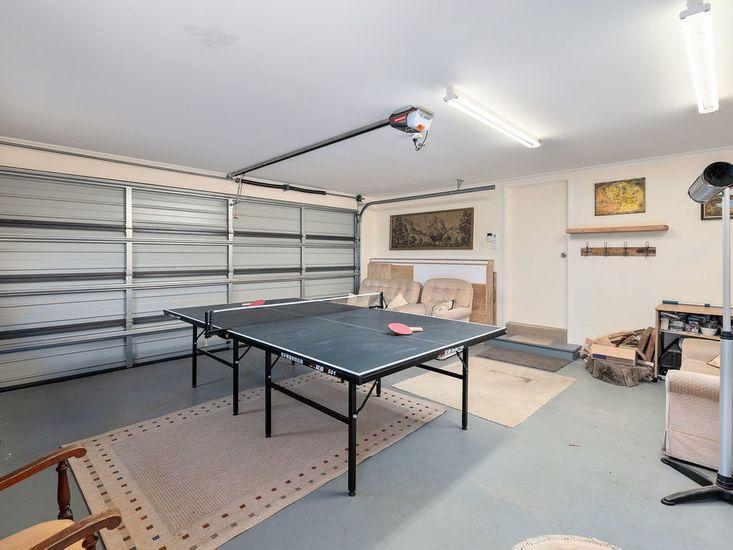 Garage/games room!
