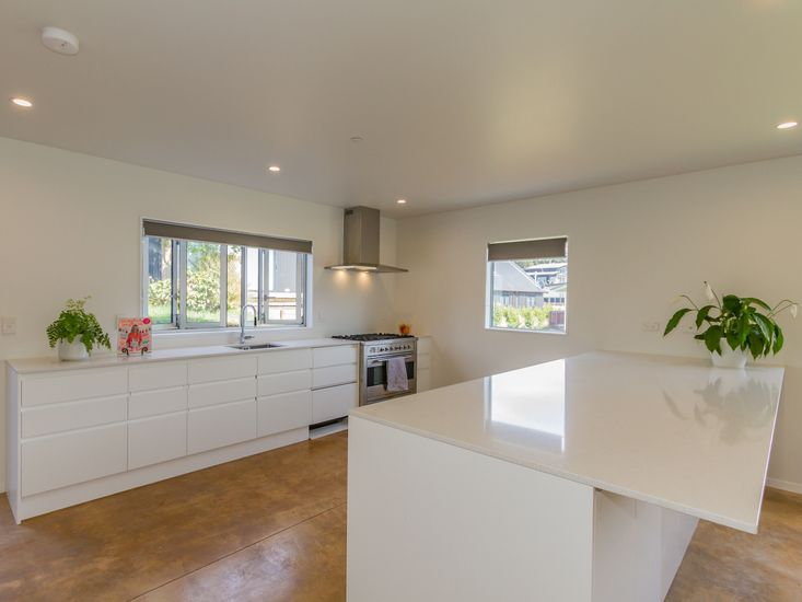 Spacious and modern kitchen