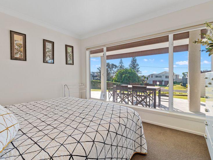 Bedroom 3 - overlooking sundeck