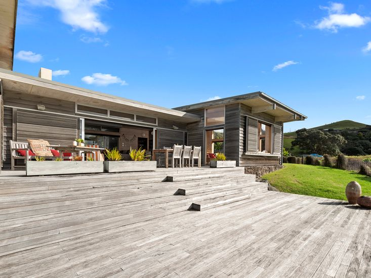 Spacious sundeck and outdoor living area