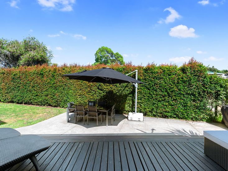 Outdoor living and dining in the garden
