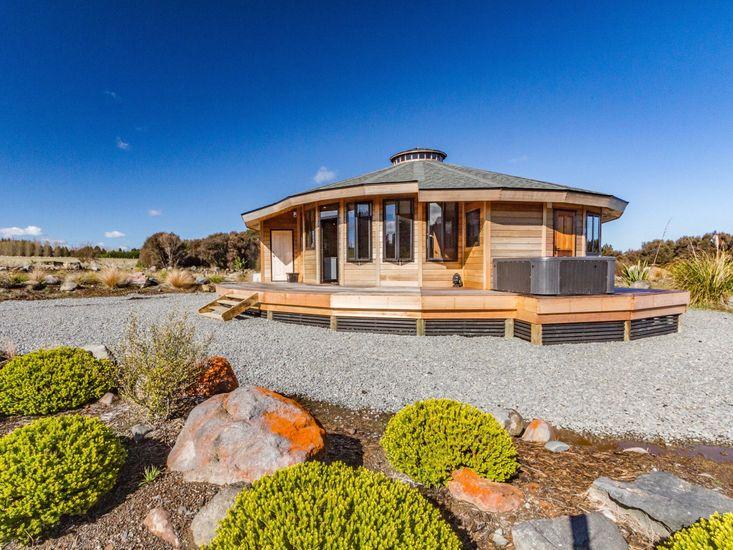 Heavenly Spa Views - Ohakune Holiday Home