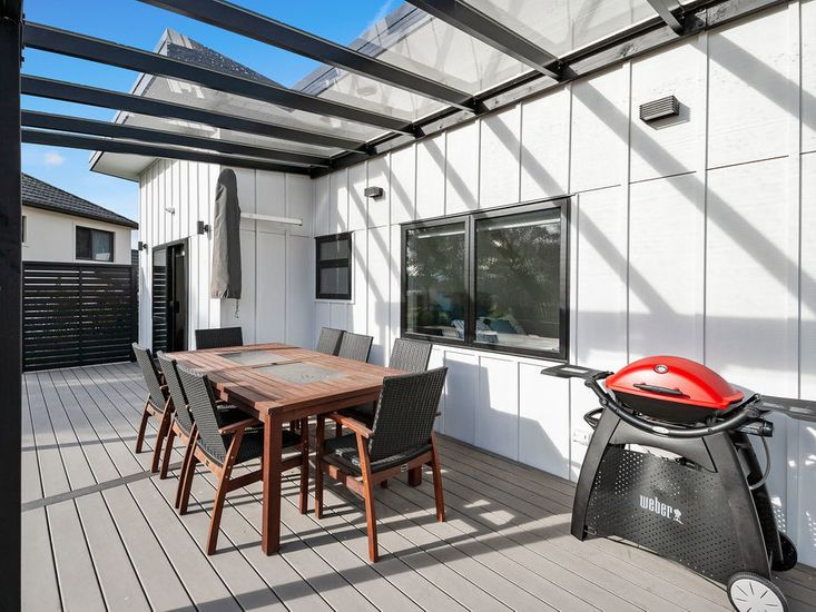 Sundeck for outdoor living and dining