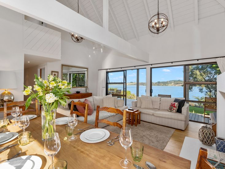 Dining table onto lounge and views