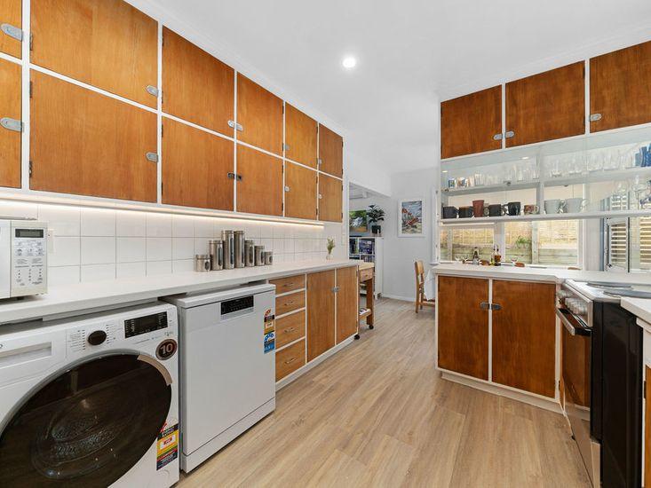 Laundry / Kitchen
