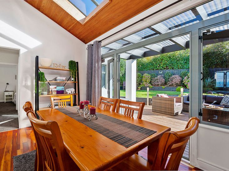 Dining table onto outdoor area