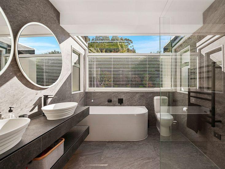 Bathroom 2 - Level 2