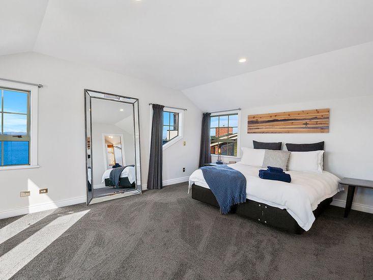 Master bedroom - Level 3