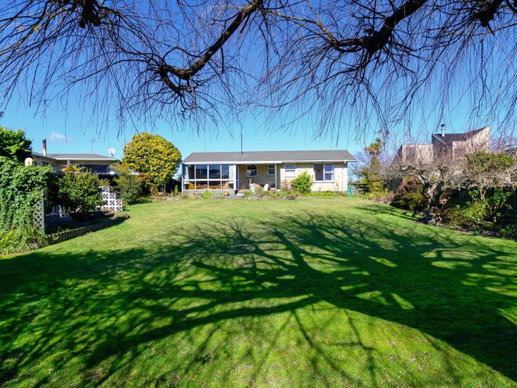 Taupo View Rendezvous - Taupo Holiday Home