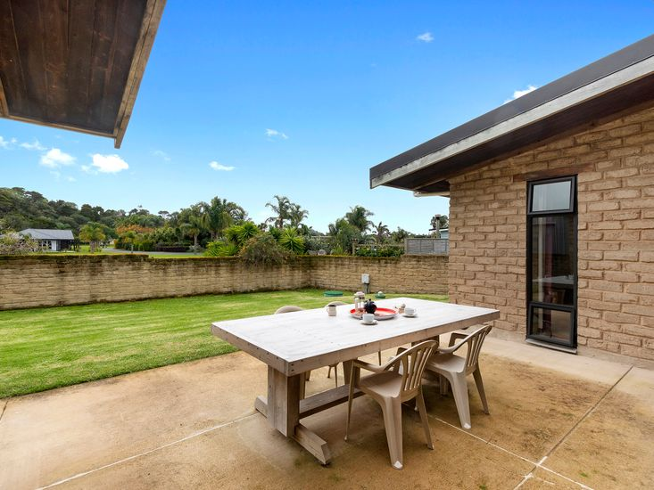 Outdoor living and dining patio
