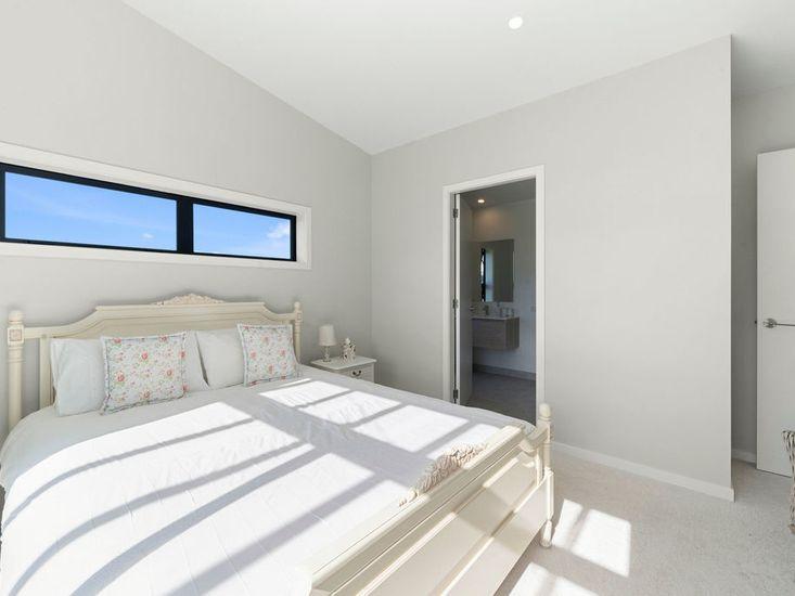 Bedroom One / Ensuite