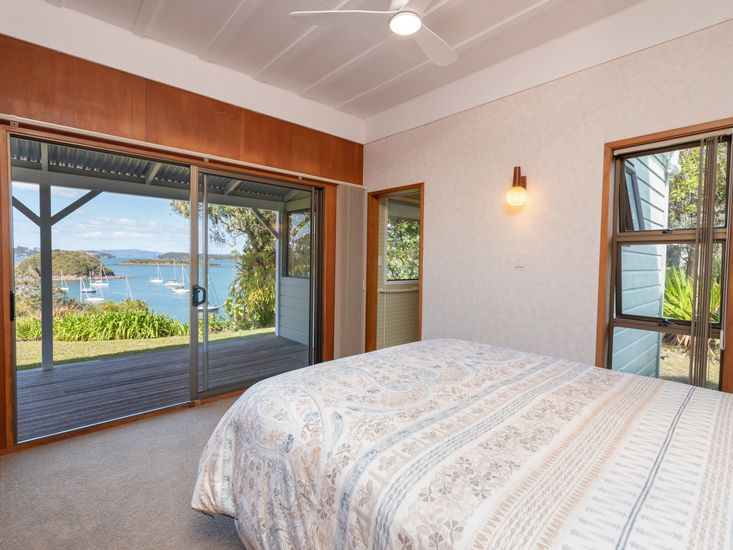 Master bedroom - views to the water