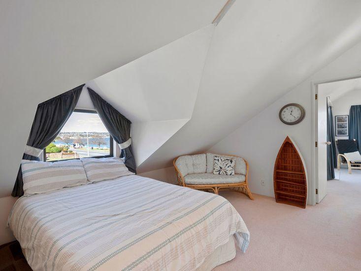 Access to Bedroom 2 through Bedroom 1