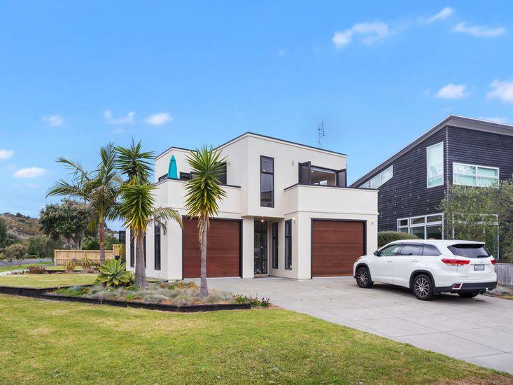 The Bowentown Beach House - Bowentown Holiday Home