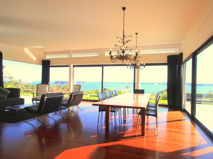 Views pouring in the floor-to-ceiling windows