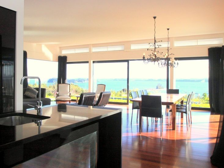 Kitchen onto living areas