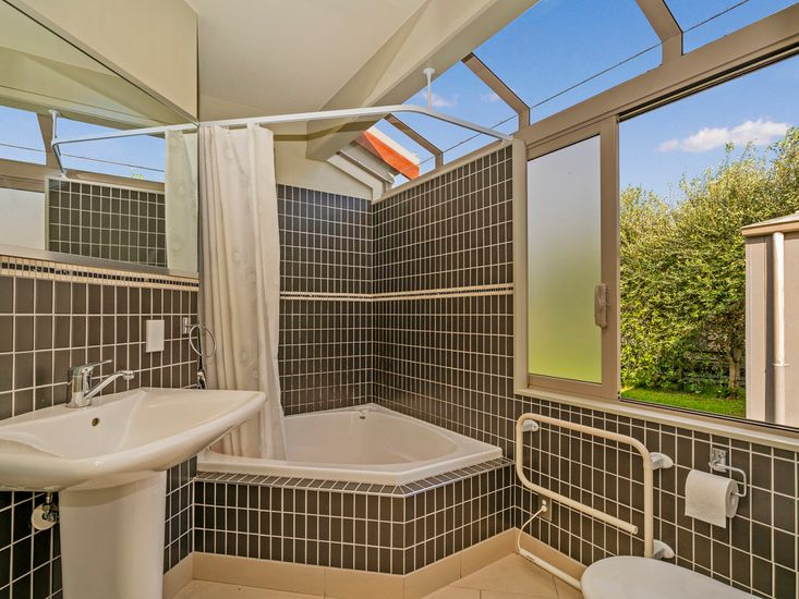 Ensuite to master bedroom one