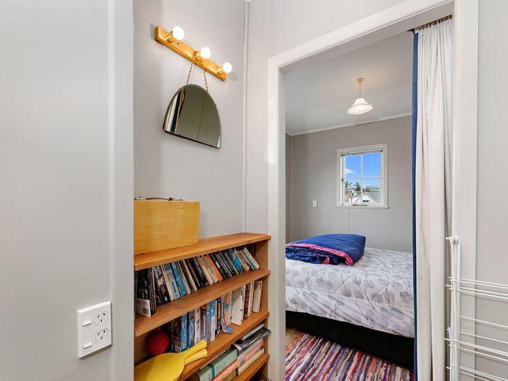 Hallway onto bedroom 1