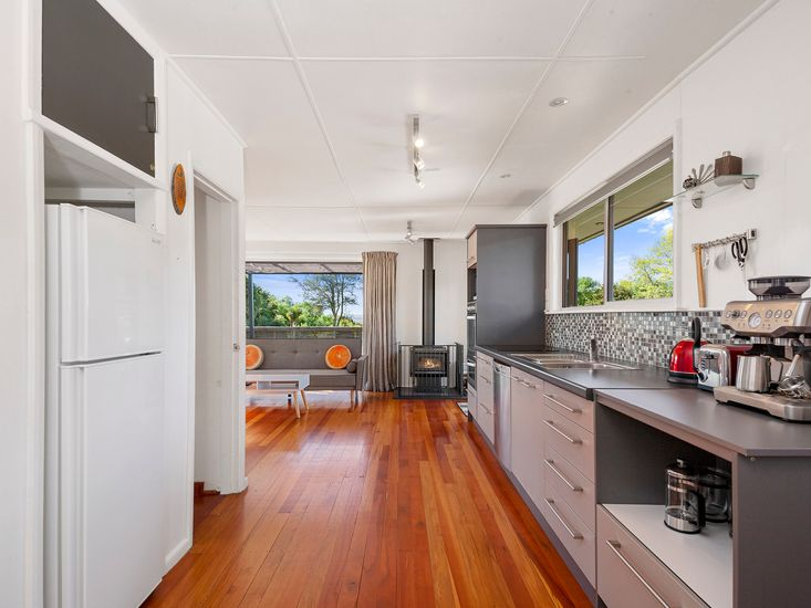 Kitchen onto lounge area