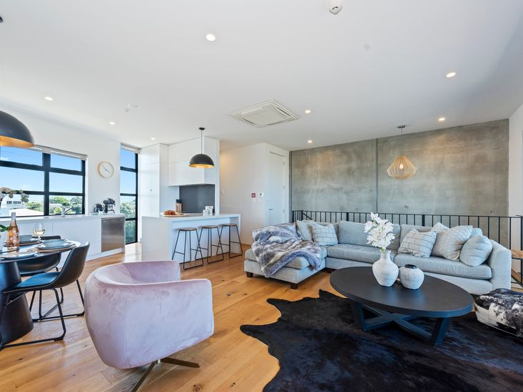 Modern contemporary furnishings