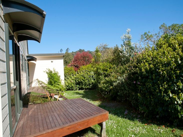 Decking and Grounds