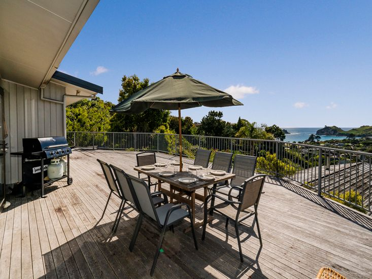 Cathedral cove accommodation