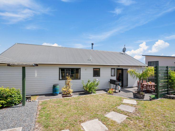 Te Kaha Accommodation