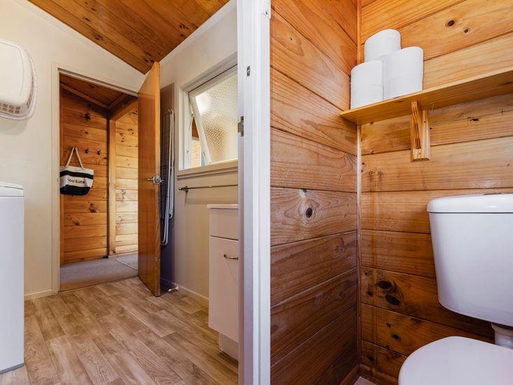 Laundry & guest toilet