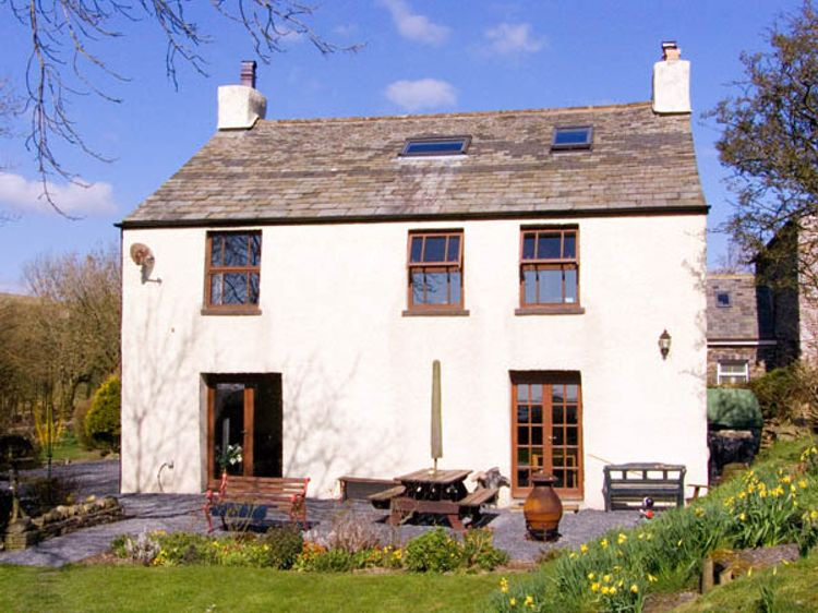 Ewe Dale Farm Pennington Ulverston The Lake District And Cumbria Self Catering Holiday Cottage