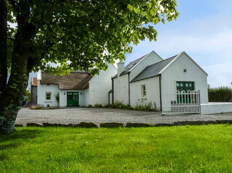 Valley Lodge Farm Hostel, Claremorris Updated 2020 Prices