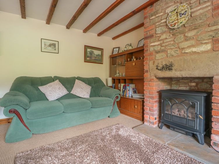 Prime Owl Barn Woolhope Self Catering Holiday Cottage Beatyapartments Chair Design Images Beatyapartmentscom