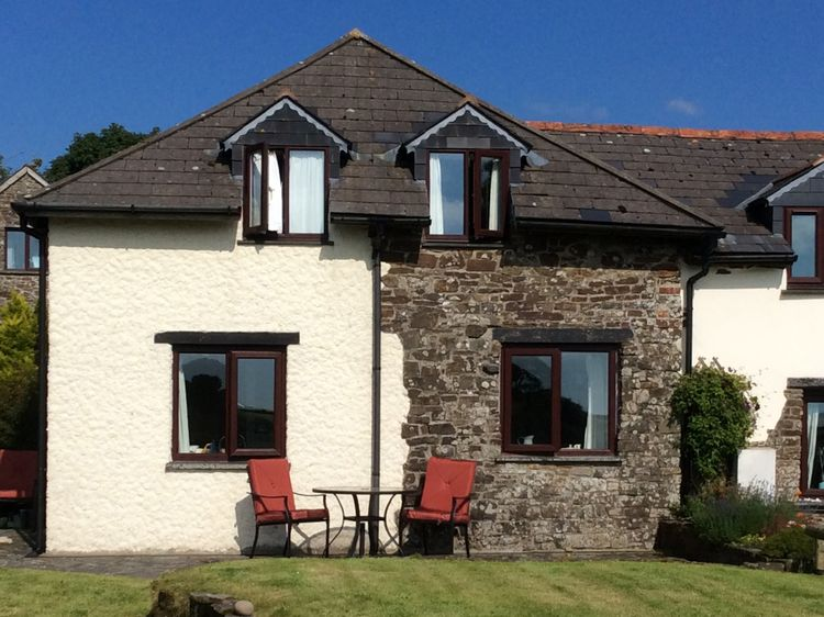 Astonishing Cedar Cottage Woolsery Clifford Devon Self Catering Home Interior And Landscaping Staixmapetitesourisinfo