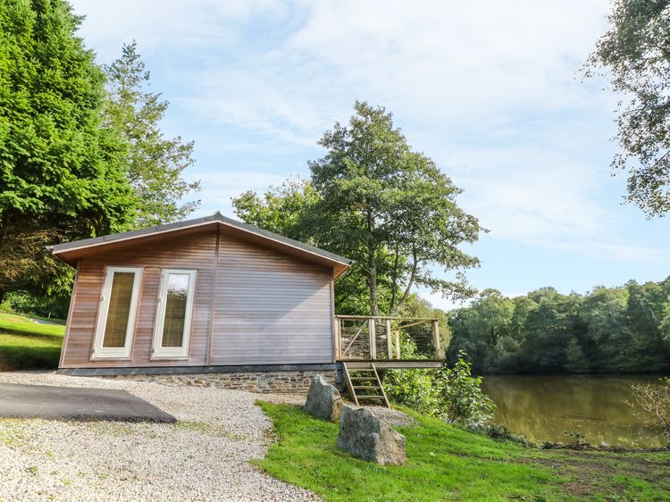 Stupendous 10 Waters Edge Lanreath Cornwall Self Catering Download Free Architecture Designs Remcamadebymaigaardcom