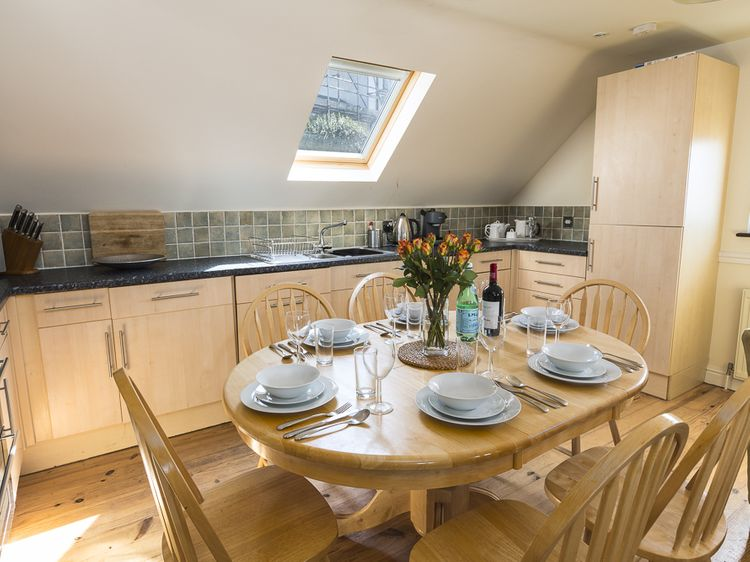 Fine 4 Armada House Hope Cove Devon Self Catering Holiday Short Links Chair Design For Home Short Linksinfo